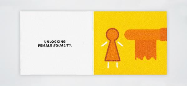 Diseñador crea el portafolio más pequeño del mundo