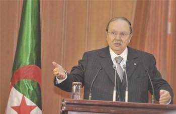 Argelia, El parlamento aprueba la reforma constitucional.