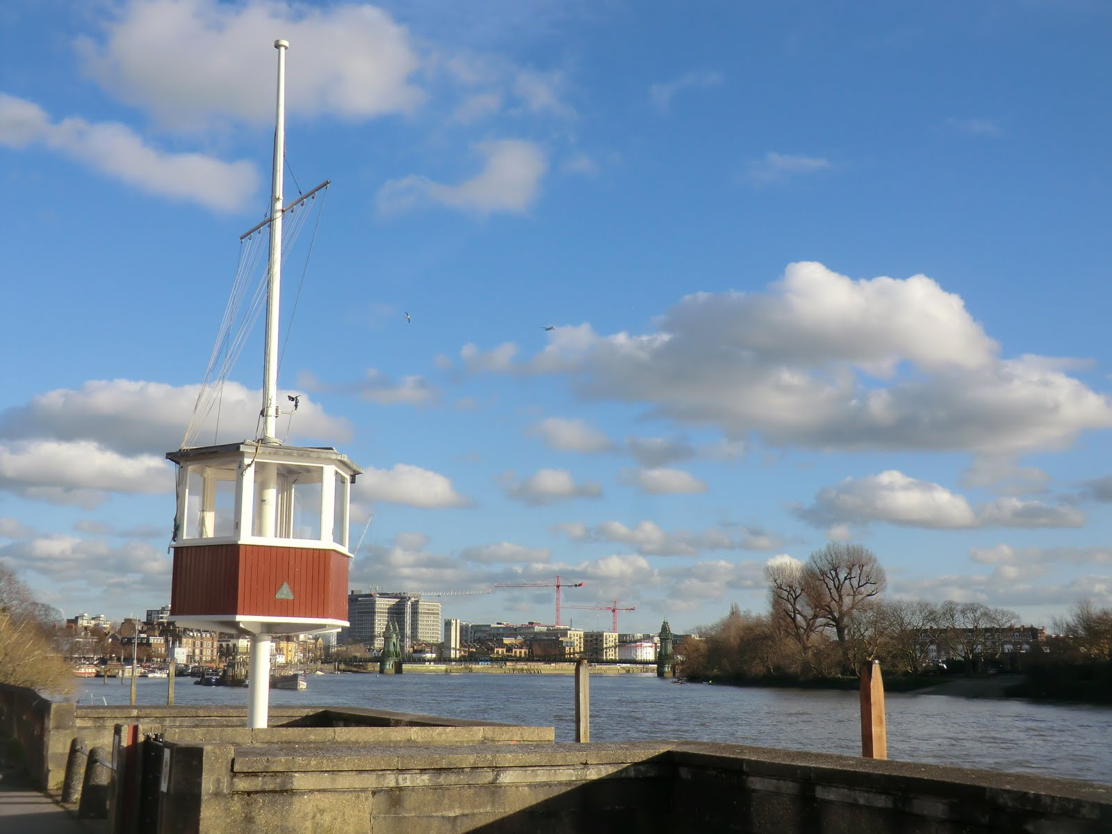 CIMG2556 River Thames at the London Corinthian Sailing Club