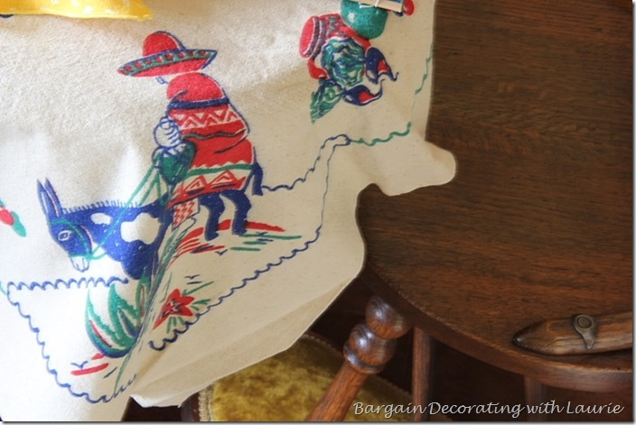 Mexican Fiesta Table-Bargain Decorating with Laurie