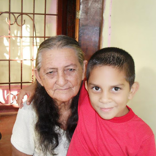 Heber Hernandez Photo 19