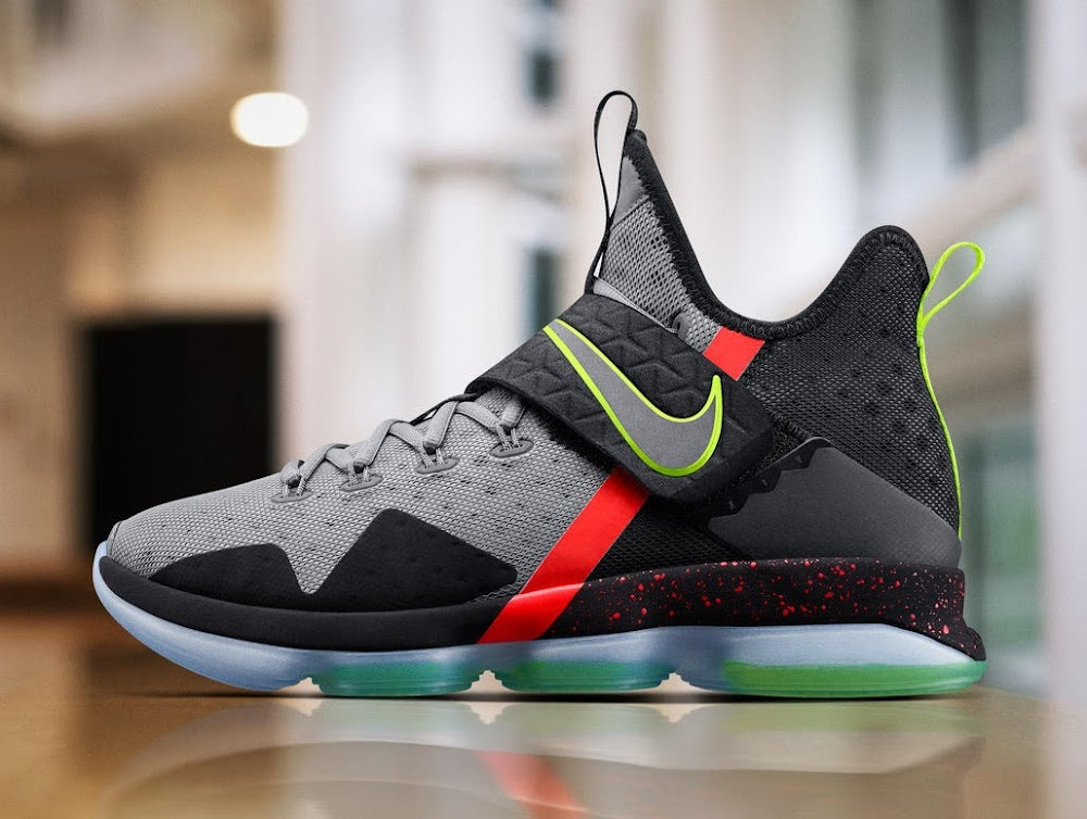 100% authentic b8ae9 6f1d8 First Look at Nike LeBron 14 Special Christmas Edition ...