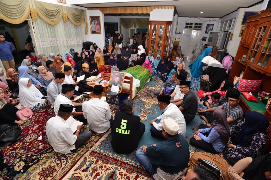 Mantan Gubernur Sulsel Ke 5 Mayjen TNI (Purn) HZB Palaguna Wafat di Usia 80 Tahun