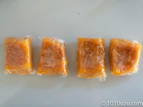 1つずつラップに包んで冷凍