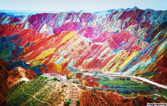 Montanhas arco-íris, província de Gansu, China
