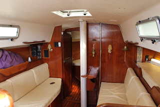 Morgan 366 Fast Boat with Cruising Teak and Ash Wood Interior