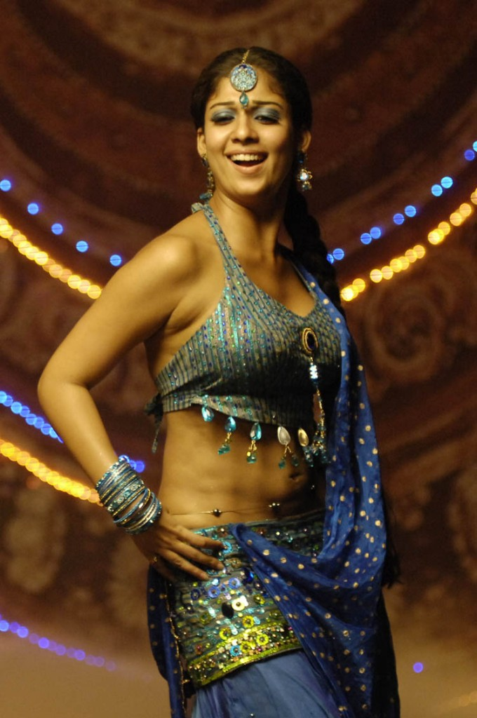 Nayanthara Latest Hot Navel Show Hot And Sexy Photo
