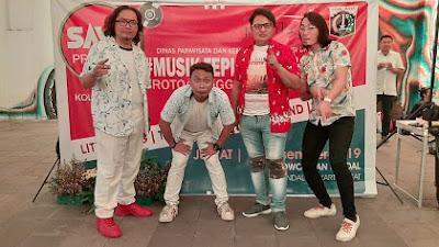 Group Band : The Rules Berani Tampil Beda