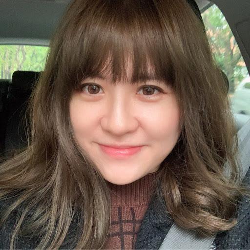 Elisa Cheng Photo 12