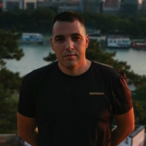 user Vladimir Prvanov apkdeer profile image