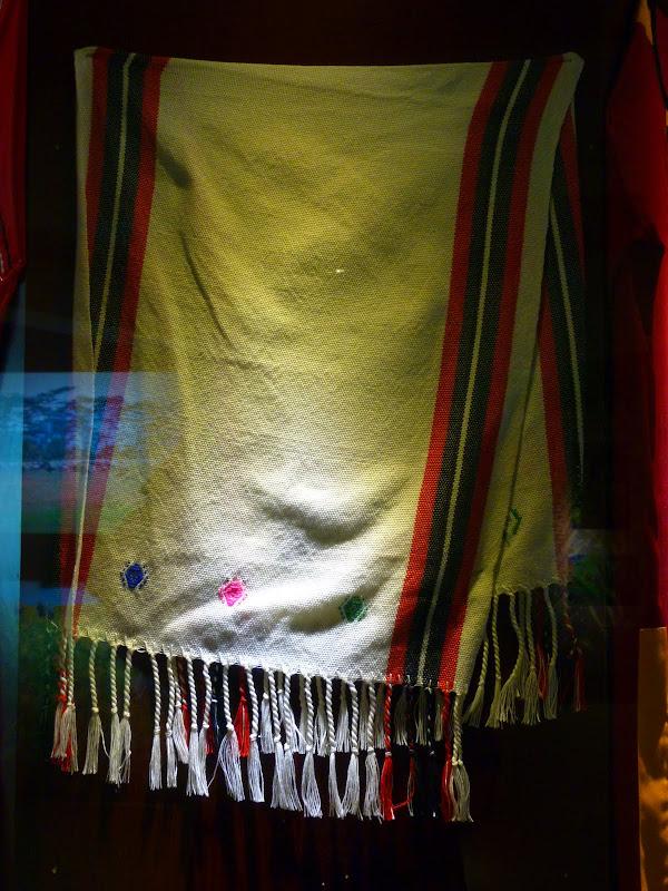 Hualien County. Liku lake. Danses Amis J 2 - liyu%2B2%2B214.JPG