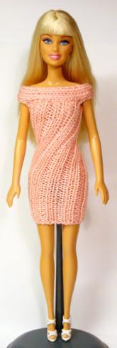 Розовое витое платье для Барби