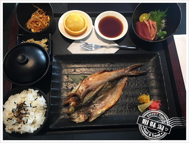品日式料理-一夜干