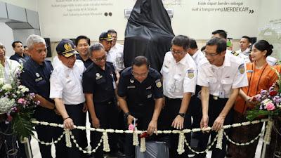 Kereta Api Indonesia Meningkatkan Pelayanan