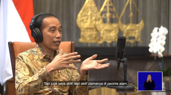 """Cerita Pengalaman Jadi Mahasiswa, Jokowi: Saya Ini Seorang """"Pencinta Alam"""""""