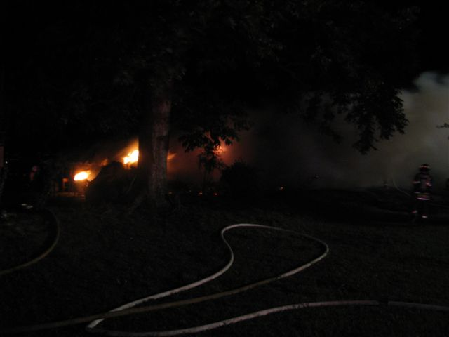 Patty Road Mobile Home Fire 002.jpg