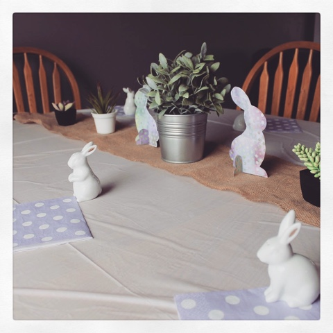 Easter centerpiece, Easter table setting