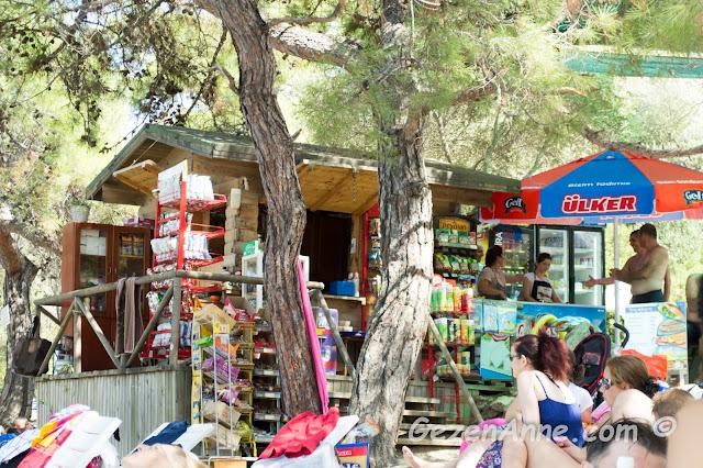 İncekum plajındaki büfe, Marmaris