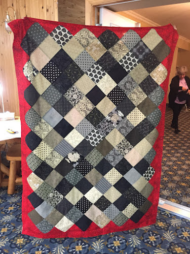 Betty's Tablecloth Quilt