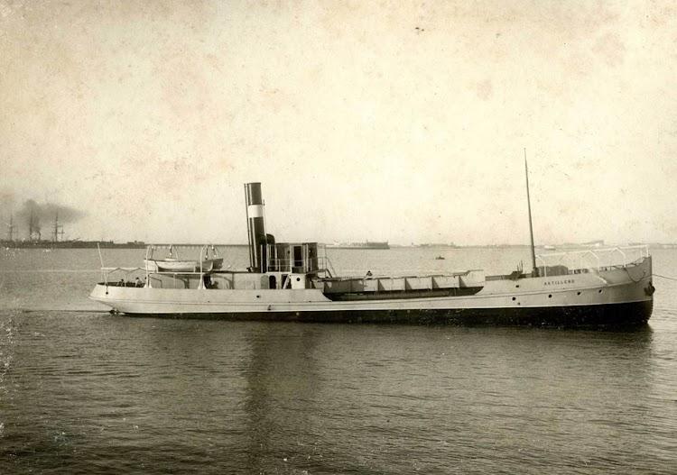 Ganguil ASTILLERO. 1906. Cadiz. Foto Museo del Dique. Navantia. Facebook.jpg