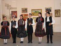 06 A zselízi Apró Kincső Táncegyüttes fellépőit hatalmas tapssal jutalmazta a közönség.jpg