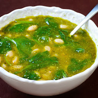 White Bean, Spinach & Pesto Soup.