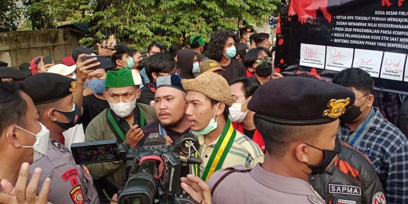 Gedung KPK Ramai Diserbu Sejumlah Demonstran, Sampaikan Berbagai Macam Tuntutan