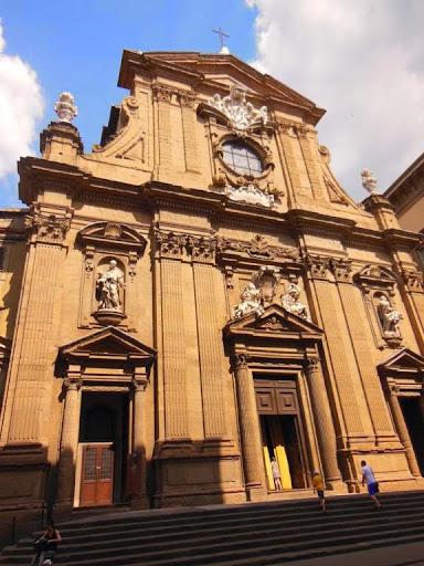 Fachada de la iglesia de Santi Michele e Gaetano