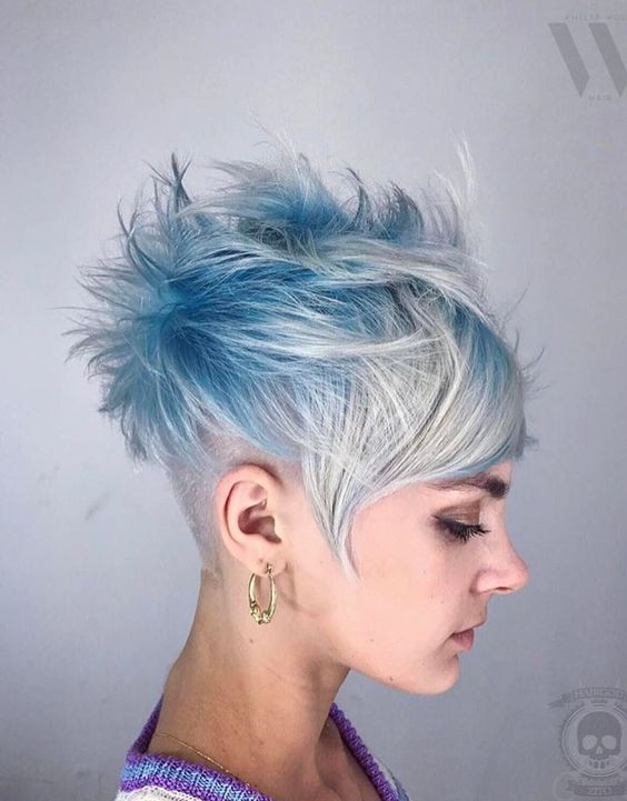Hair:short hairstyles with different colors for 2018 14