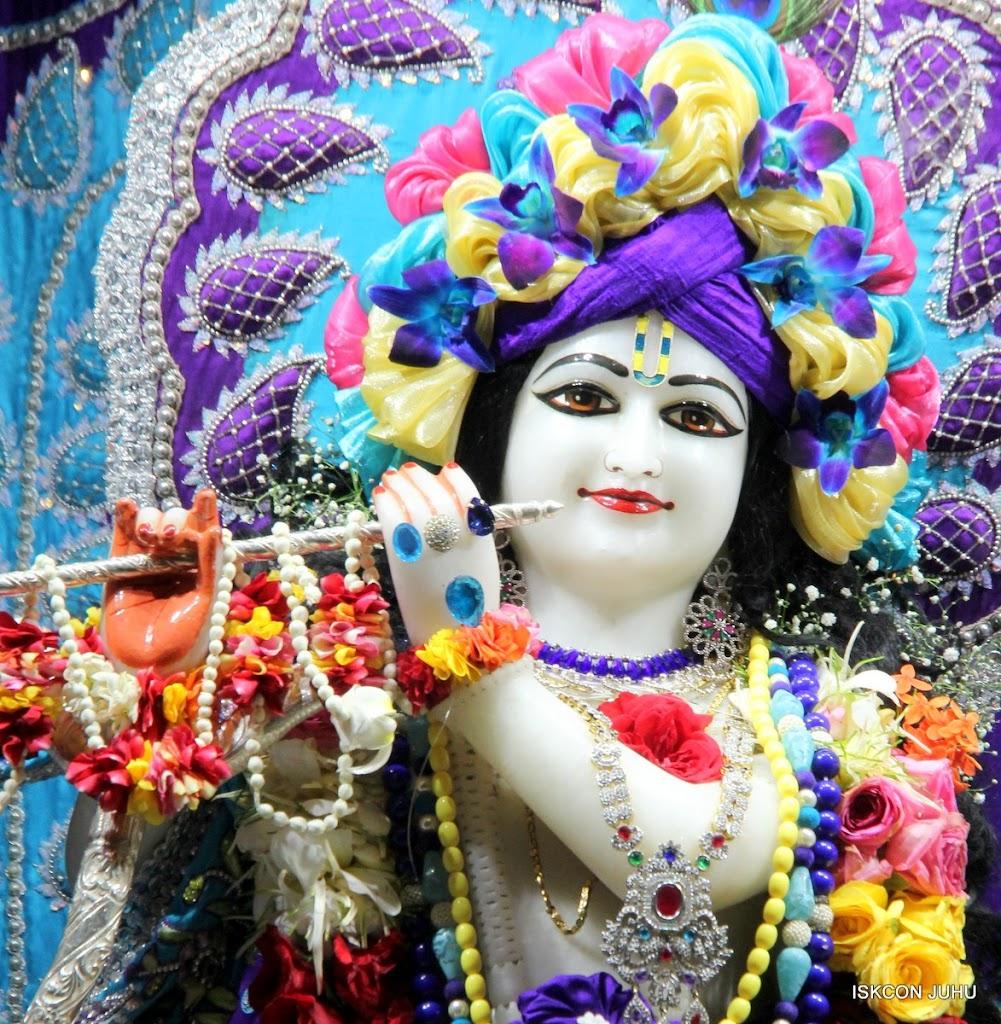 ISKCON Juhu Sringar Deity Darshan 17 Aug 2016 (9)