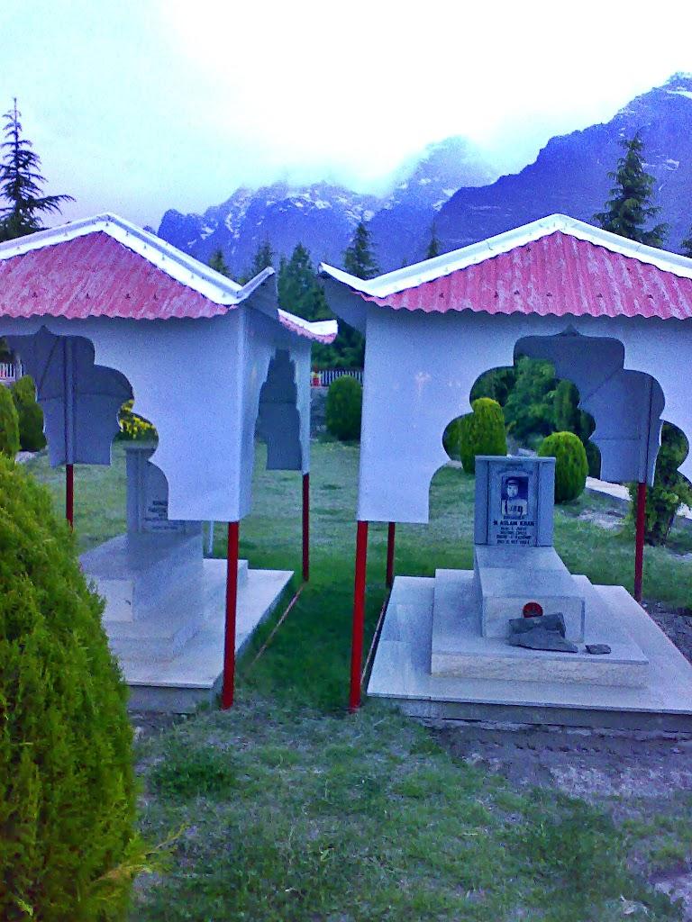 shangrila_graves