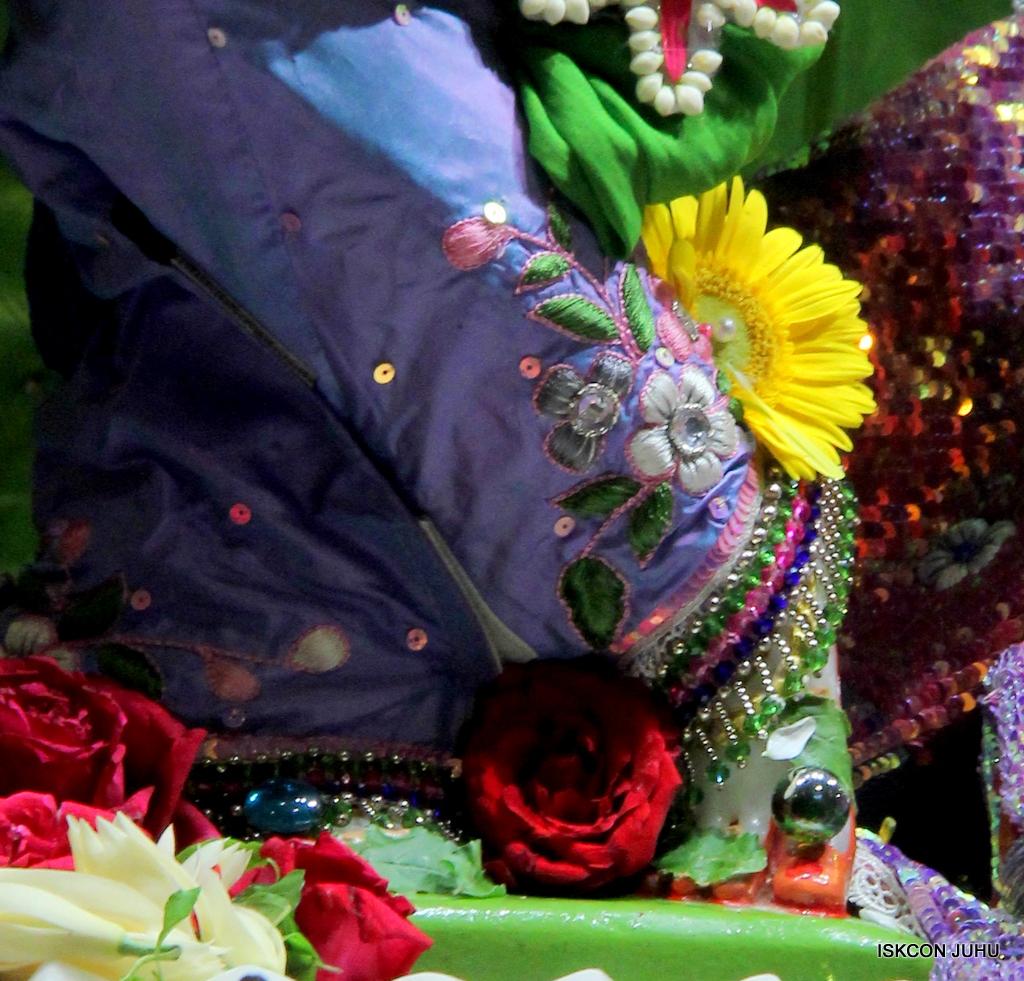 ISKCON Juhu Deity Darshan on 20th Oct 2016 (19)