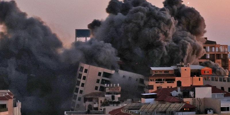 Gedung Tempat Tinggal Di Gaza Roboh Digempur Serangan Udara Israel, Total Korban Jiwa Capai 35 Orang