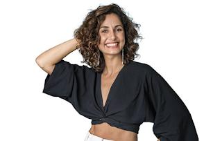 Atriz da Globo Camila Pitanga posa nua