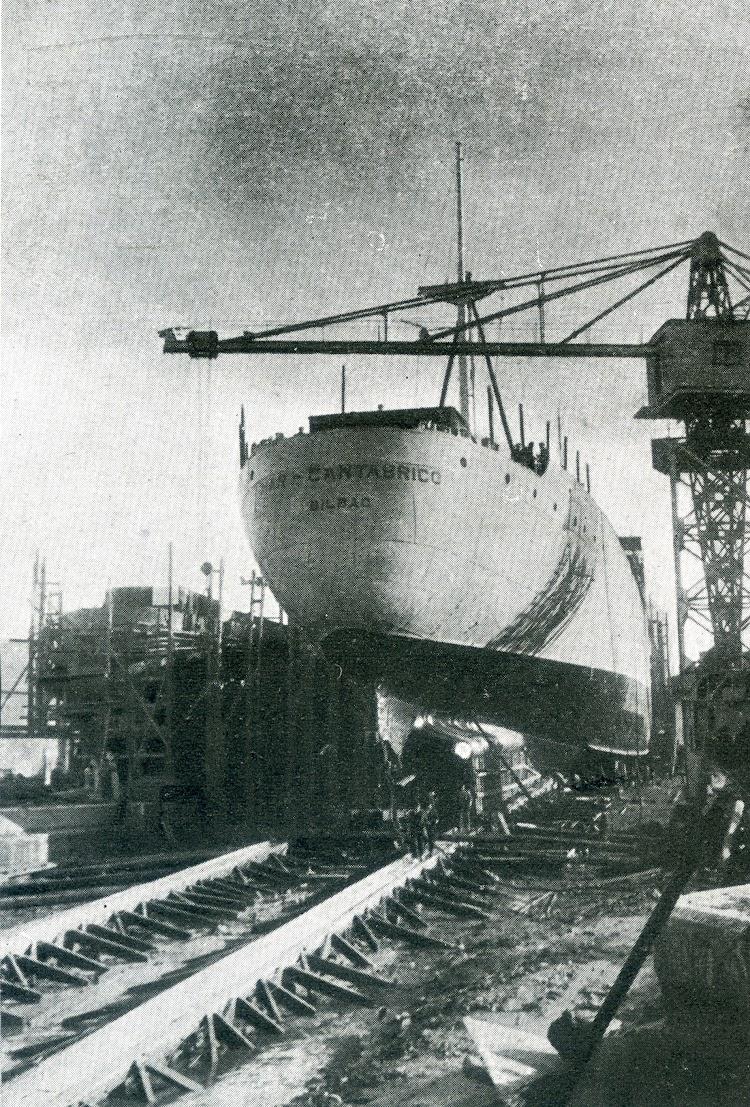 Botadura del MAR CANTABRICO. Foto de la revista Ingenieria Naval. Febrero de 1930.jpg