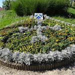 Intersection fleurie : blason de Château-sur-Epte