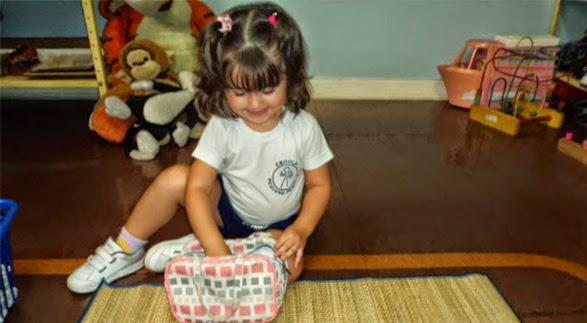 Aula de Vida Prática: organização material pessoal – Maternal 1 (Tia Danielle) – Unidade II – 2014