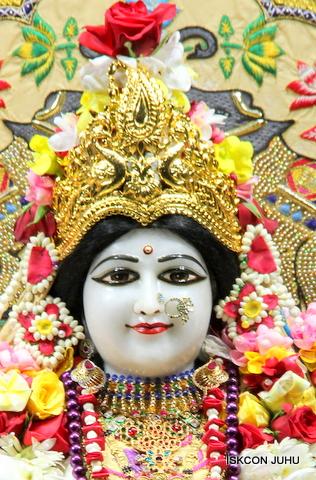 ISKCON Juhu Sringar Deity Darshan on 5th Sep 2016 (9)