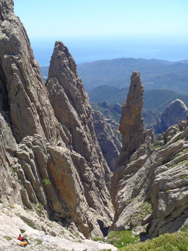 Czy śpimy w kasku ? ...czyli Korsyka 2012
