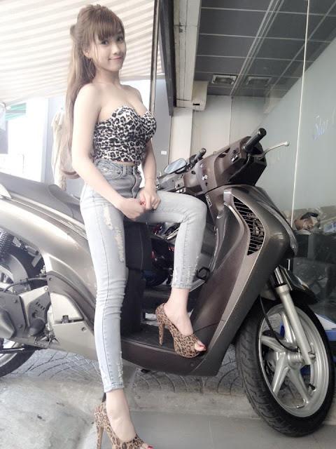 Nguyễn Thùy Trang lốp căng quá