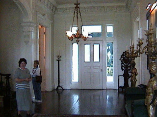 0180Inside_a_Southern_Mansion_-_New_Orleans