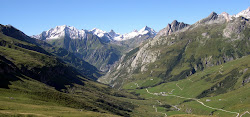 La Seigne & au fond le Massif du Beaufortain, Savoie