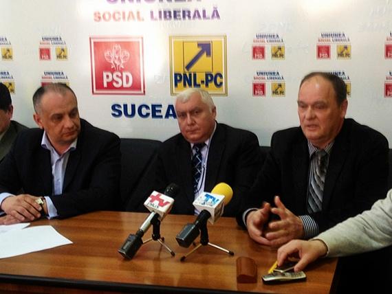 Viceprimarul Ioan Scotniţchi şi medicul Alexandru Paziuc s-a înscris în PNL