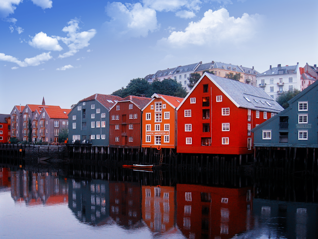 colorful norway houses wallpaper