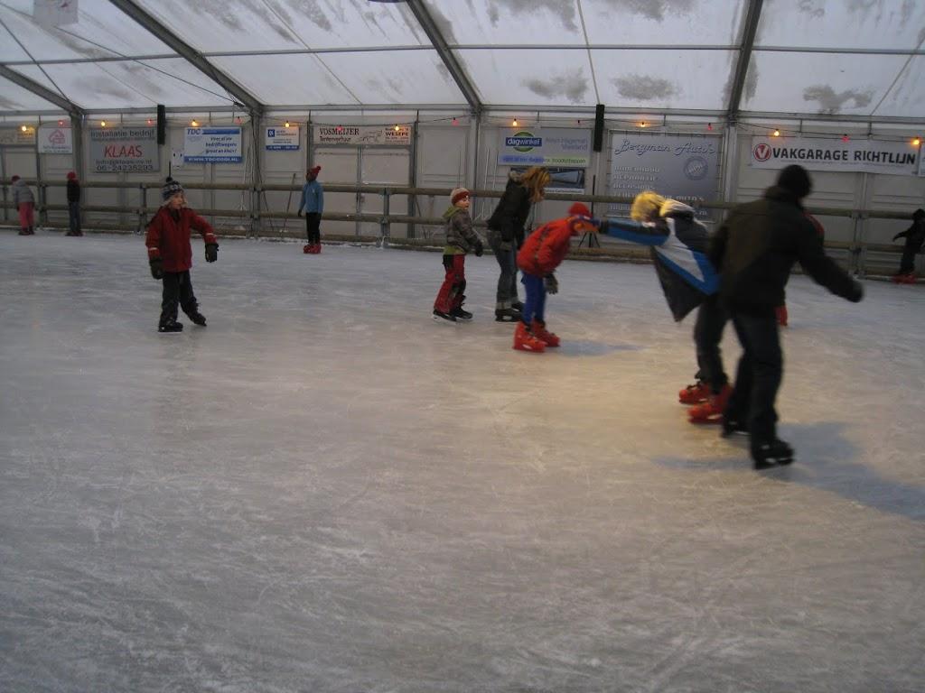 Sinterklaas bij de schaatsbaan - IMG_5113.JPG