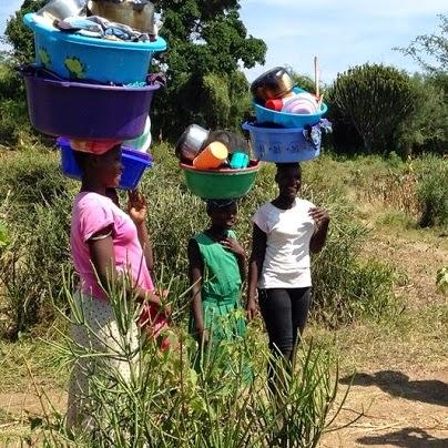 mujeres_women_african_lago_lake_victoria_kenya_hisiasafaris.com_.jpg