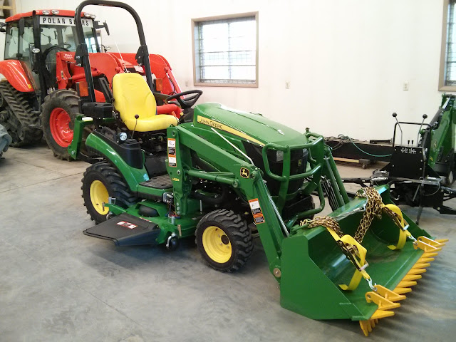 1025r 1026r toolbox relocation for low lights and 260 backhoe