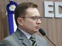 Sales Junior acaba de renunciar o mandato de prefeito de Patos