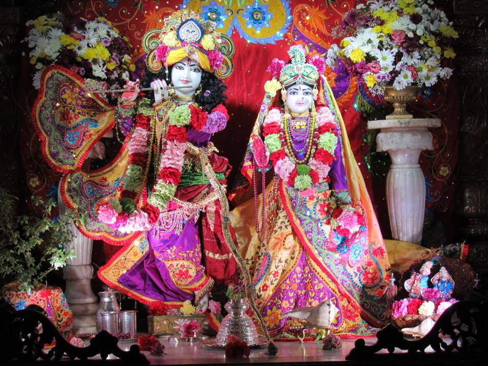 ISKCON Chicago Deity Darshan 22 Jan 2016  (1)