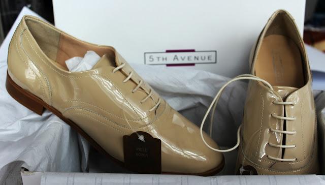 Leapșă cu pantofi